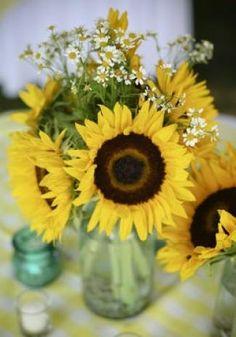centerpiece yellow sunflowers mason jars