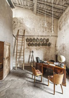 What a lovely room. Renovations should be done with respect. Industrial Interiors, Rustic Interiors, Rustic Kitchen, Room Kitchen, Dining Room, Rustic Cafe, Earthship Home, Interior Decorating, Interior Design