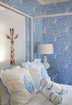 Trend To Try: Graphic Wallpaper | theglitterguide.com
