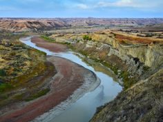 50 states, 50 spots: Natural wonders - CNN.com Theodore Roosevelt National Park in western North Dakota