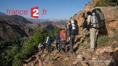 Sac de couchage, couteau, lampe frontale et gourde sont les seuls équipements autorisés lors de ce stage itinérant dans le Haut Atlas Marocain de 6 jours. Retrouvez nous dans le reportage d'Élisa Jadot (journaliste) et Cédric Fouré (JRI) diffusé dans l'émission « Tout compte fait »