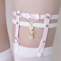53a8bc101 Knee High Bunny Garter with Pink Bow Bordado De Missangas