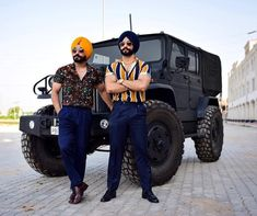 Gur Ammy Virk, Corporate Bytes, Mens Fashion, Fashion Outfits, Street Photography, Outfit Of The Day, Summer Outfits, Menswear, Street Style