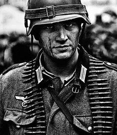 sigrunesigrune: …….. historyfuhrer: A Face of War.