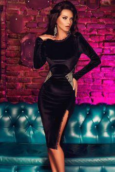 Black Scalloped Lace Trim Long Sleeve Velvet Midi Dress