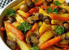 Barevné hranolky, pečené se žampiony recept - TopRecepty.cz Vegan Recipes, Cooking Recipes, Vegan V, Meal Planner, Food 52, Pot Roast, Vegetable Recipes, Clean Eating, Good Food