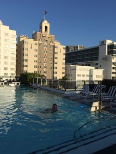 Roof Top Gale South Beach Miami