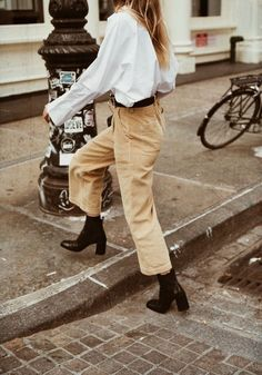 inspiração editorial - girl - mood - street style - vintage - minimalist -  minimal outfit dce6f0b8a9666