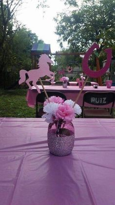 Centerpieces for cowgirl party! Horse Birthday Parties, Cowgirl Birthday, Birthday Party Themes, Birthday Crafts, 3rd Birthday, Birthday Ideas, Cowboy Party, Horse Party, Cowgirl Decorations
