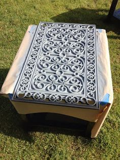 The Project Mom-ster: End Table Project! Using Door Mat as a table top stencil to refinish end tables!