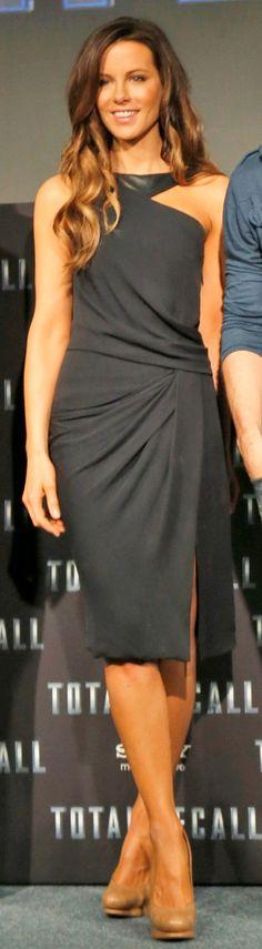 Kate Beckinsale in a J. Mendel asymmetrical dress.