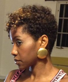 Loving this tapered fro (and the color! Big Chop, Cut My Hair, Love Hair, Locs, Short Natural Styles, Tapered Natural Hair Cut, Afro, Sassy Hair, My Hairstyle