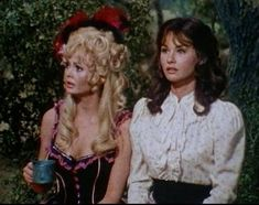 Jeanine Riley & Lori Saunders - Dusty's Trail 1960s Tv Shows, Old Tv Shows, Lori Saunders, Petticoat Junction, Twelfth Night, Classic Tv, Costume Design, Ronald Mcdonald, Musicals