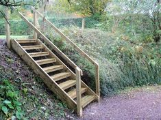Steep, long stairs from lower logging road to upper trail (jec) Sloped Backyard, Sloped Garden, Garden Stairs, Terrace Garden, Outdoor Wood Steps, Steep Gardens, Landscape Stairs, Landscaping A Slope, Garden In The Woods