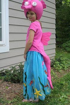 diy seahorse costume - Buscar con Google                                                                                                                                                                                 More