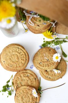 Biscotti della colazione nocciola ed avena senza glutine | EPPUR NON C'E'