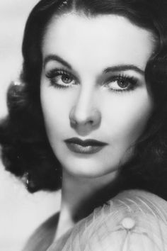 """Stunning Vivien Leigh - """"People think that if you look fairly reasonable, you can't possibly act, and as I only care about acting, I think beauty can be a great handicap. Hollywood Icons, Old Hollywood Glamour, Hollywood Actor, Golden Age Of Hollywood, Vintage Hollywood, Hollywood Stars, Classic Hollywood, Old Hollywood Actresses, Vivien Leigh"""