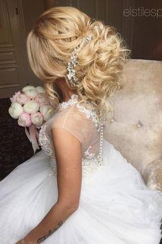 Wedding Hairstyles : Elstile Long Wedding Hairstyle Ideas 13 / www. Quinceanera Hairstyles, Homecoming Hairstyles, Wedding Hairstyles For Long Hair, Boho Hairstyles, Popular Hairstyles, Wedding Hair And Makeup, Formal Hairstyles, Wedding Updo, Vintage Hairstyles