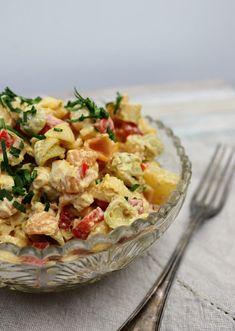 Paperivuoka: Ananas-broileri-pastasalaatti Finnish Recipes, Good Food, Yummy Food, Pasta Noodles, Pasta Salad, Potato Salad, Clean Eating, Dessert Recipes, Food And Drink