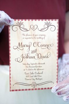 Rustic wedding invitations with cranberry details - Blue Tulips Design
