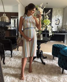 ✨✨ Lady in Red ✨✨ by Cute Maternity Dresses, Stylish Maternity, Maternity Wear, Maternity Fashion, Baby Bump Style, Mommy Style, Pregnancy Wardrobe, Pregnancy Outfits, Maternity Patterns