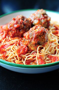 spaghetti & meatballs from @Amy Lyons Lyons Johnson / She Wears Many Hats