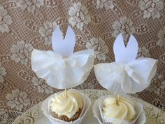 Marilyn Monroe Seven Year Itch Dress Cupcake toppers Set of Six. $12.75, via Etsy.