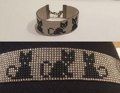 Black cat bracelet, Loom beaded bracelet, You can choose also with withe cats, made from high quality seed beads Chat noir bracelet bracelet de perles de métier à par TuTuStudio Bead Loom Patterns, Bracelet Patterns, Beading Patterns, Beading Ideas, Jewelry Patterns, Bead Loom Bracelets, Loom Beading, Bead Weaving, Diy Jewelry