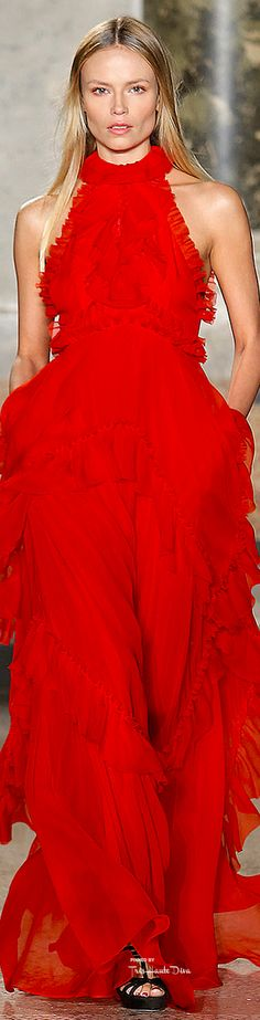 Emilio Pucci Fall 2015 RTW Fashion and Designer Style Red Fashion, Couture Fashion, Runway Fashion, Fashion Show, Fashion Pics, Milan Fashion, Emilio Pucci, Boho Dress, Dress Up