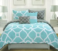 Max Studio Lattice Quatrefoil Pattern King Duvet Cover and Shams 3pc Set, Turquoise Blue Charcoal Grey and White Max Studio Home http://www.amazon.com/dp/B00WESBG04/ref=cm_sw_r_pi_dp_f.npvb1T3AVEC