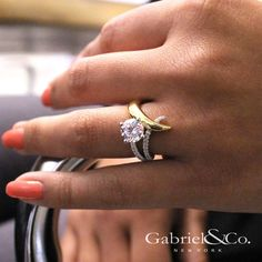Gabriel NY - Voted #1 Most Preferred Fine Jewelry and Bridal Brand. 18k Yellow/White Gold Round Split Shank Engagement Ring
