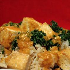 Curried Peanut Sauce Tofu and Kale