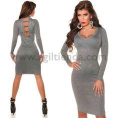 #Sofisticado #vestido #jersey #mujer de #mangalarga con #tejido de #punto #elastico y #suave que #estiliza nuestra #figura con @estilo #chic y muy @sexy donde destaca #escote de #pico delante y apertura de la #espalda adornada de @brillantes para lucir #fabulosas con #efecto #desenfadado y #exclusivo. Encuentralo en #Vestidos de Punto y @Coctel de http://www.agiltienda.com/es/home/2330-vestido-coctel-dise%C3%B1o-chic-tubo.html #online @shop @agiltienda.es