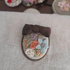 가을 느낌 #프랑스자수 #embroidery #브로치만들기 #따라하지마세요