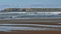 Faro... #asturias #places#lugares #summer #verano #beach #playa #faro #HuaweiP20Pro @huaweimobileesp #sea #ocean #waves #color