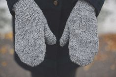 recycled wool hand knit mittens, a wool story