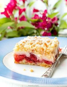 Ciasto z truskawkami i budyniem Baking Recipes, Cake Recipes, Party Drinks, Food Design, Fudge, Sandwiches, Cheesecake, Food And Drink, Sweets