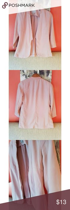 H&M Blazer Perfect for Spring, light enough for some summer days, not fully long sleeve, padded shoulders, Dress up those comfy tights! Blush/Pinkish, very good condition H&M Jackets & Coats Blazers