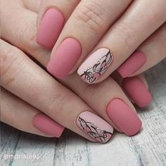 False nails have the advantage of offering a manicure worthy of the most advanced backstage and to hold longer than a simple nail polish. The problem is how to remove them without damaging your nails. Rose Gold Nails, Matte Nails, Acrylic Nails, Glitter Nails, Trendy Nail Art, Stylish Nails, Latest Nail Art, Solid Color Nails, Pink Nail Colors