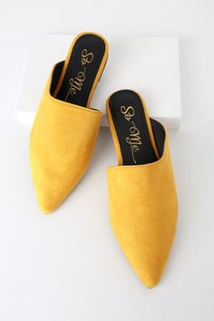 Keep your ensemble looking fresh with the Katha Mustard Yellow Pointed-Toe Slides! Bold yellow vegan suede covers these pointed-toe, slip-on mules with a chic asymmetrical silhouette. Pair with trousers and sunnies for a modern, minimal look! Women's Slip On Shoes, Lace Up Flats, Sock Shoes, Yellow Slippers, Yellow Flats, Minimal Shoes, Loafers For Women, Mustard Yellow, Mules Shoes