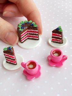 Items similar to Miniature food for dollhouse, fake set of miniature chocolate cake and two cups of tea for dolls, polymer clay food scale on Etsy Polymer Clay Cake, Polymer Clay Animals, Polymer Clay Dolls, Polymer Clay Miniatures, Polymer Clay Crafts, Diy Clay, Dollhouse Miniatures, Barbie Miniatures, Miniature Food