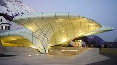 Zaha Hadid, we lost amazing architect of all time Hungerburgbahn, Innsbruck, Austria. Organic Architecture, Light Architecture, Beautiful Architecture, Contemporary Architecture, Architecture Design, Famous Architecture, Innsbruck, Arquitetos Zaha Hadid, Zaha Hadid Architektur
