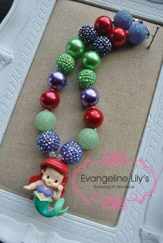 Ariel Chunky Bubblegum Necklace--so cute! Toddler Jewelry, Baby Jewelry, Disney Jewelry, Kids Jewelry, Cute Jewelry, Jewelry Crafts, Beaded Jewelry, Chunky Bead Necklaces, Chunky Beads