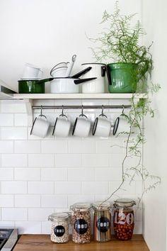 פריטי הום סטיילינג בסגנונות שונים   צילום: בועז לביא Home Decor Kitchen, Kitchen Ideas, Shelves, House Design, Architecture, House Styles, Kitchens, Inspiration, Furniture