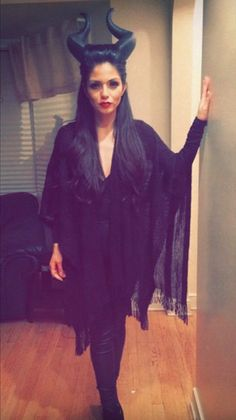 Maleficent Kostüm selber machen | Kostüm Idee zu Karneval, Halloween & Fasching