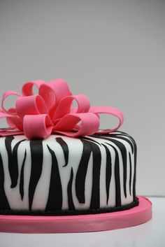 I made this hot pink and zebra print cake for an office baby shower. I had never done zebra print fondant before and I was super surprised b. Zebra Cupcakes, Cupcakes Design, Cake Designs, Funny Birthday Cakes, Funny Cake, 3rd Birthday, Smash Cake Girl, Girl Cakes, What Is Fondant