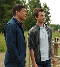 Scott Cardinal and Ty Borden as veterinarian and apprentice in the CBC TV show Heartland.