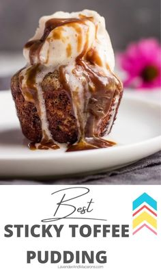 This English Sticky Toffee Pudding is extremely delicious. Best egg-free recipe ever. Tart Recipes, Best Dessert Recipes, Sweets Recipes, Desert Recipes, Amazing Recipes, Cooking Recipes, Types Of Desserts, Fancy Desserts, Just Desserts