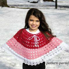 Free crochet pattern for dragonfly poncho wrap by Pattern-Paradise.com #crochet #freepattern #patternparadisecrochet #poncho