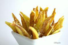Casquinhas de batata fritas com Piso de poejo e queijo
